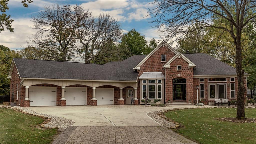 Photo of home for sale at 599 South 900 E, Zionsville IN