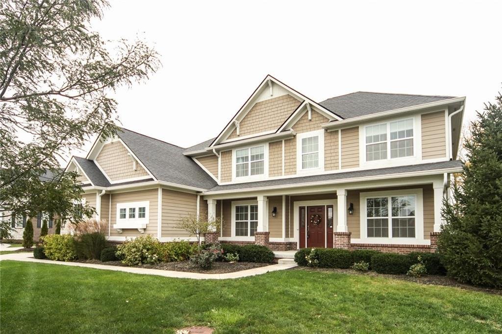 Photo of home for sale at 16468 Overlook Park Place, Noblesville IN