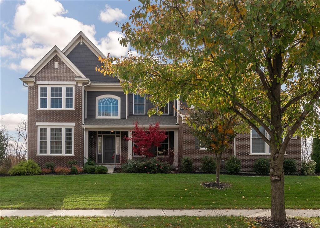 Photo of home for sale at 11863 Edgefield Drive, Fishers IN